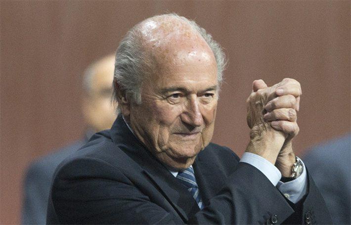 Blatter wil toch blijven