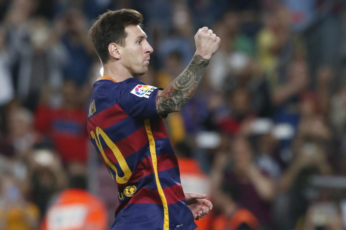 Messi steunt Cruijff