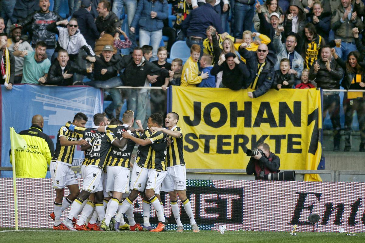 Vitesse reageert met afschuw op spandoek