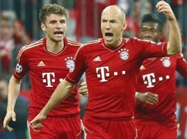 Müller lacht zich rot om Oranje