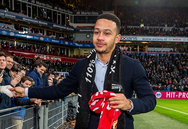 Memphis met nieuwe chick naar PSV