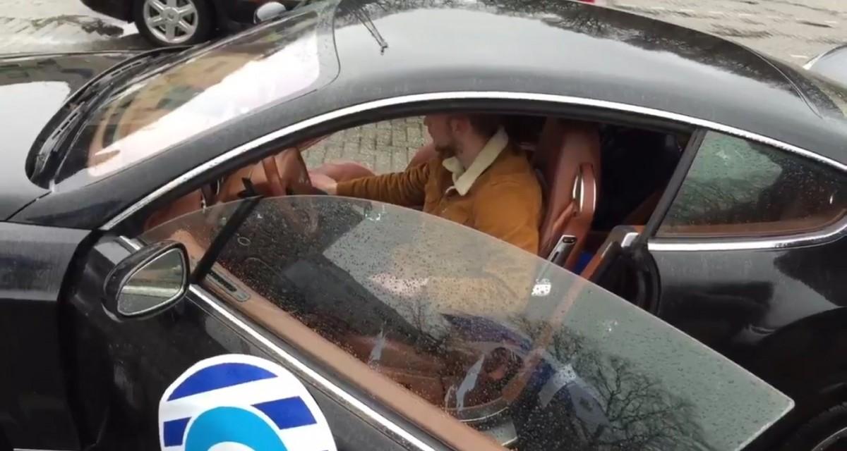 De Graafschap-keeper rijdt peperdure auto