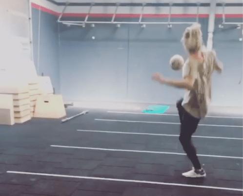 Van der Vaarts vriendinnetje is goed met ballen