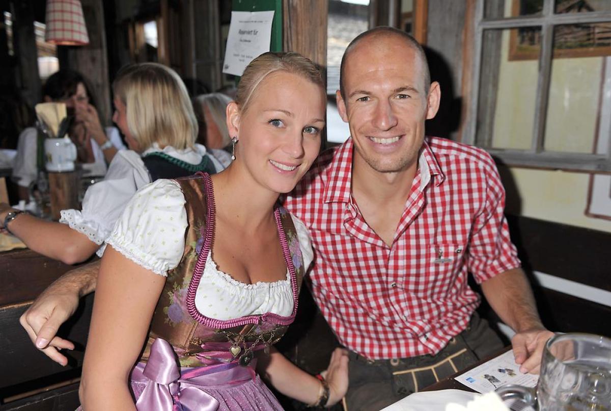 Dit is Bernadien, de vrouw van Arjen Robben