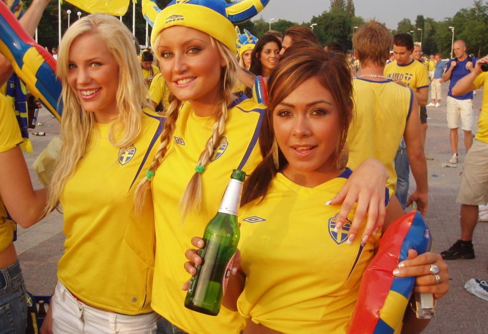 Ierse fans willen Zweedse meisjes pakken