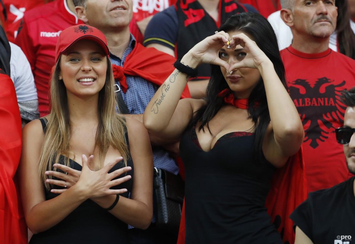 vrouwelijke-fans-albanie-4