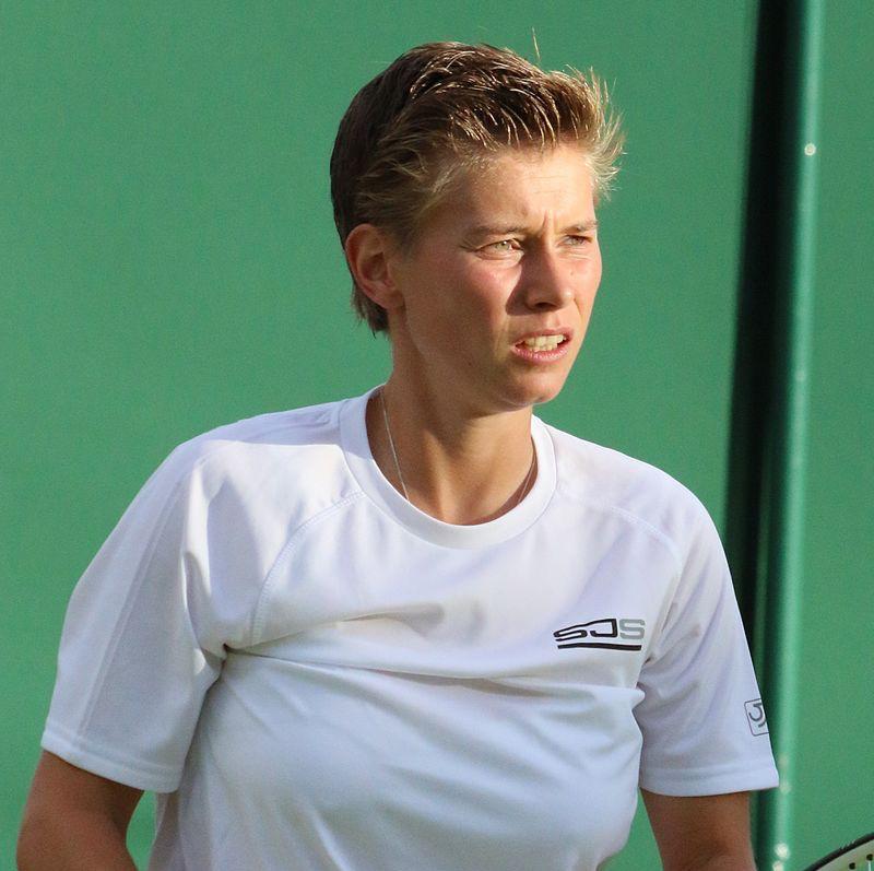 Nederlandse tennisster ontsnapt aan aanslag in melbourne for Demi schuurs