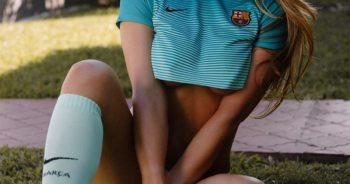 Braziliaans model komt met stomende Barca-kalender