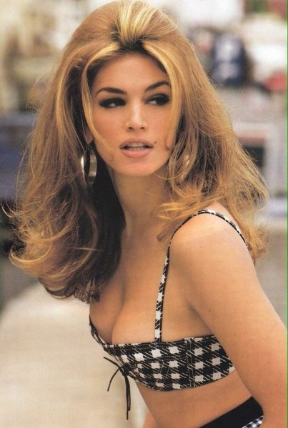 Cindy Crawford 90s