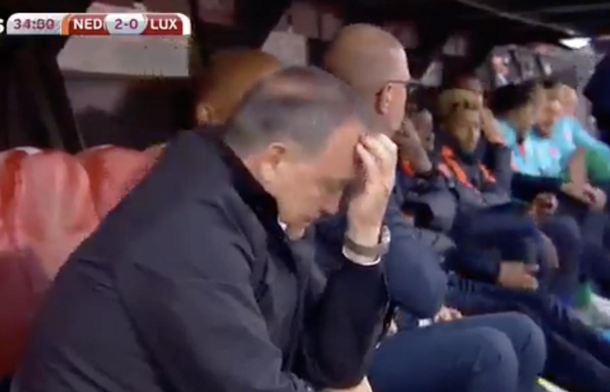 Emotionele Advocaat na doelpunt Sneijder