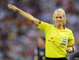 Vrouwelijke scheids maakt Bundesliga-debuut