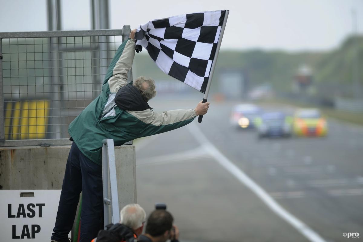 Coureur komt om na crash op racecircuit Zandvoort