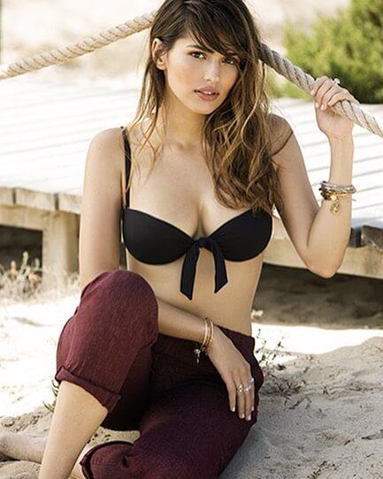 Sara Salomo is de vriendin van Neymar