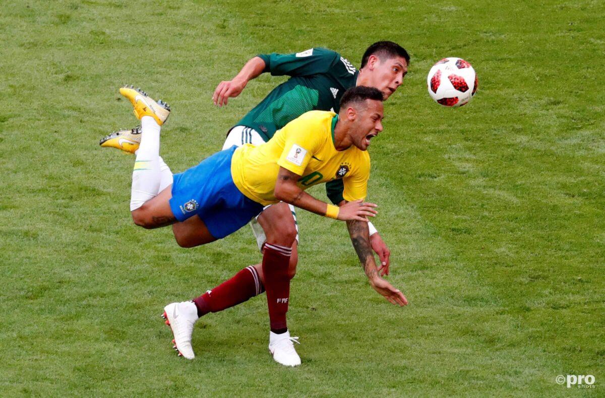 Zelfs het Rode Kruis dist Neymar keihard