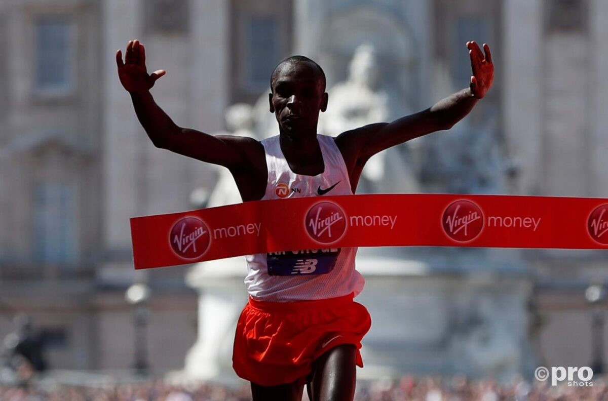 Kipchoge verpulvert wereldrecord op de marathon