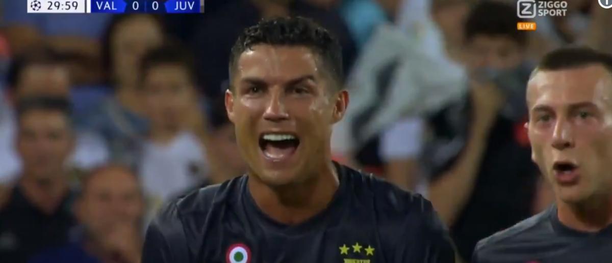 Ronaldo in tranen na rode kaart in Champions League