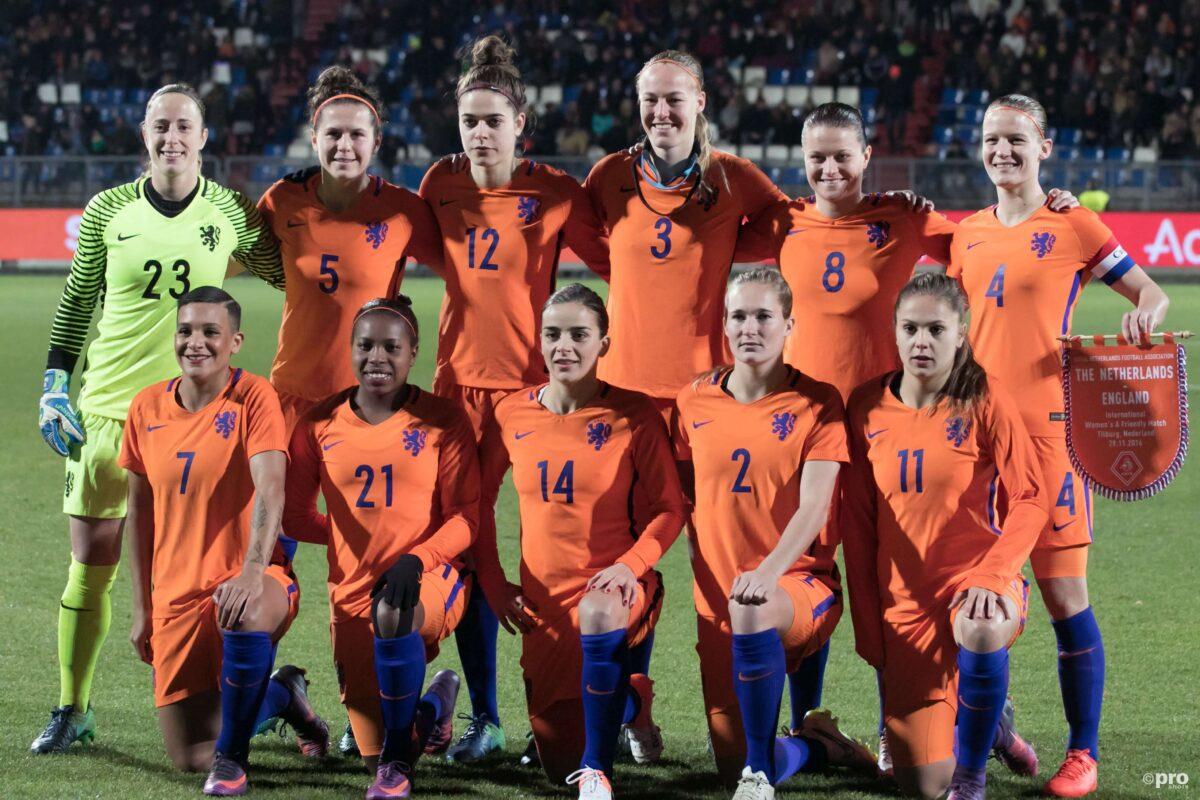 Vrouwen-Eredivisie maakt zichzelf belachelijk, Oranje-speelster woest