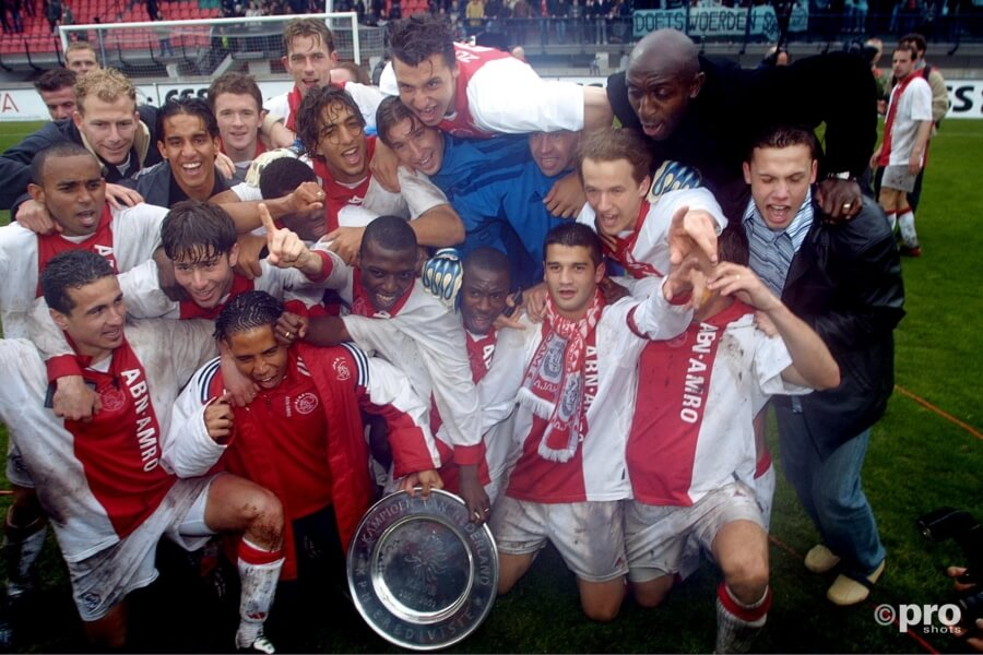 Ajax wordt kampioen in 2002