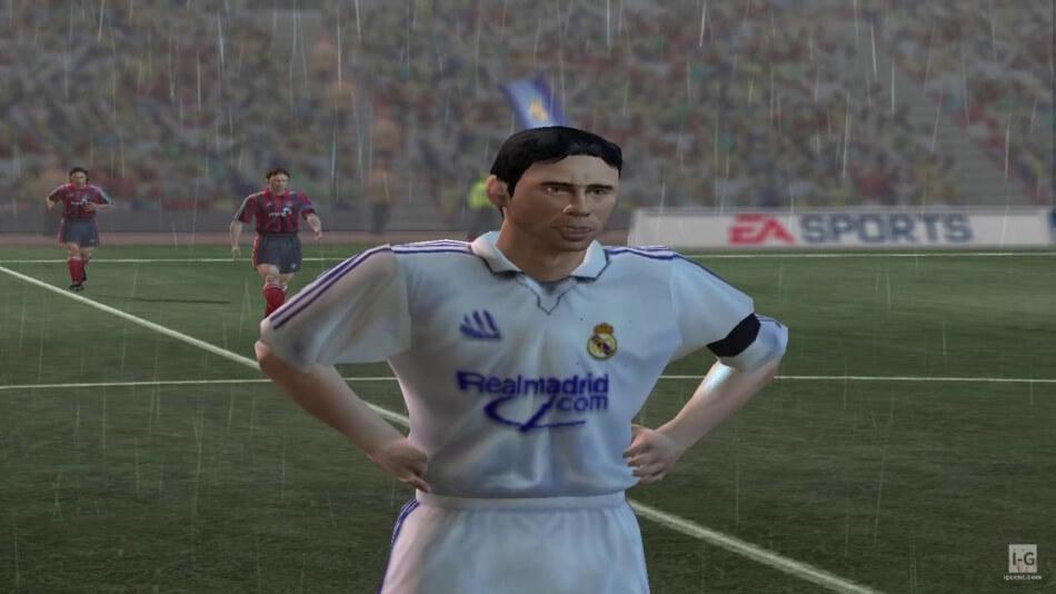 Luis Figo in FIFA 2002