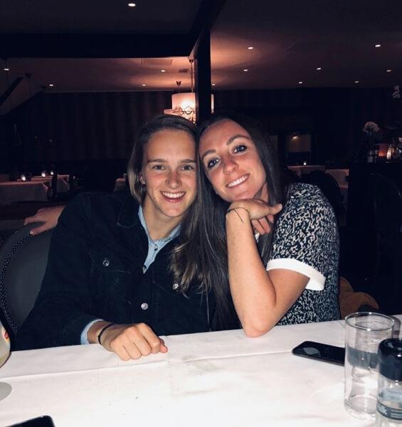 Lisa is de vriendin van Vivianne Miedema