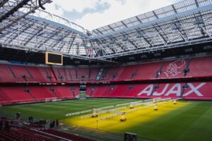 Ajax moet Europees presteren om bij top aan te haken