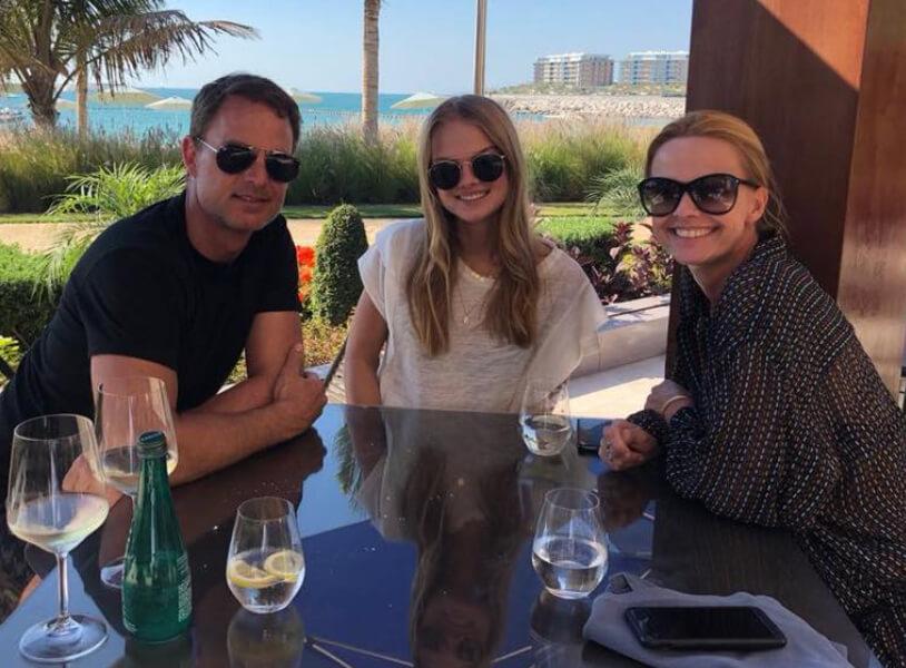 Frank de Boer met vrouw en dochter