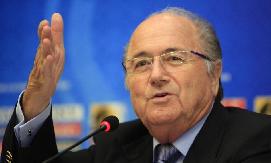 Blatter scheldt op laffe UEFA