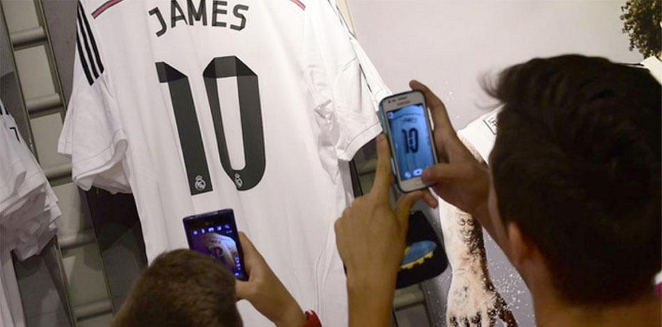 Wow: in 48 uur 300.000 James Rodriquez-shirts verkocht