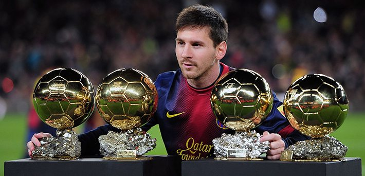 Messi met zijn vier gouden ballen. Pun Intended. ©collegetimes.ie