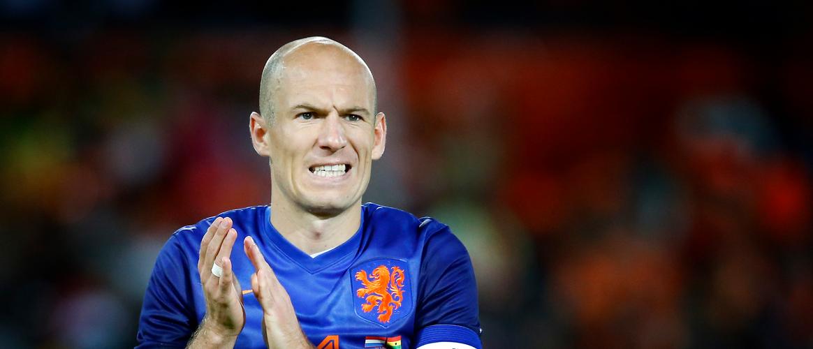 Robben en de Vrij in top 10 FIFA