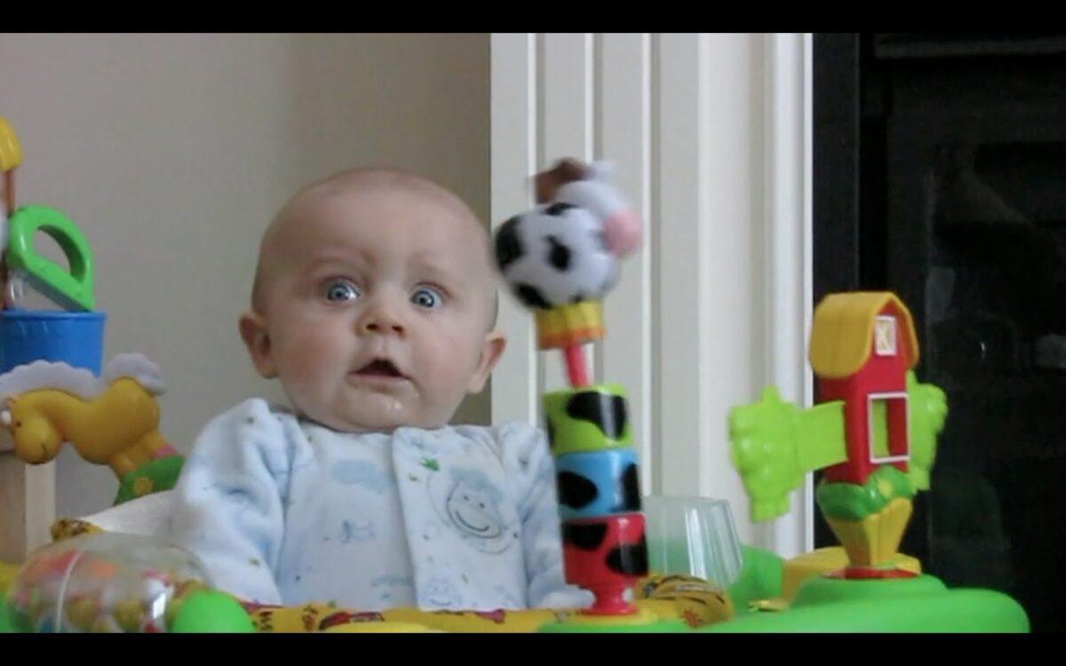 Schattig! Baby geschokt door Ronaldo-goal