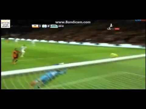 Sneijder scoort prachtig voor Galatasaray